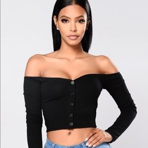 NEW!!! Talk that talk off the shoulder top Size S